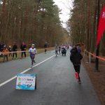 młodzi biegacze